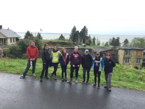Teens volunteering on Spring Break Road Trip